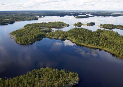 Kivijärvi – Luontomatkailijan aarreaitta erämaan siimeksessä
